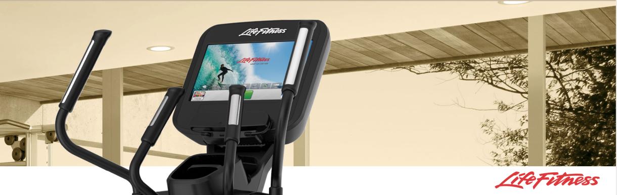 Life-FItness-Crosstrainer-und-Multimedia